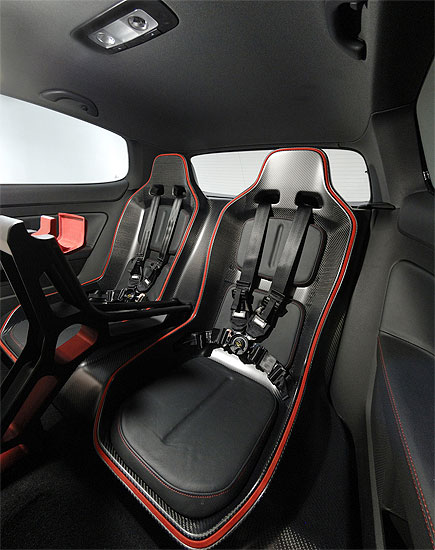 Volkswagen Golf R GTI